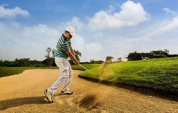 golfer swinging for speed