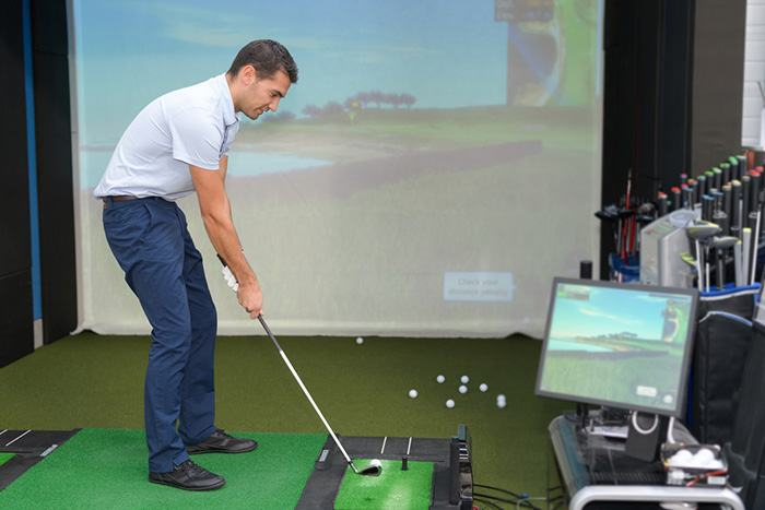 Soundproof golf simulator