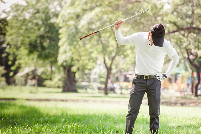 Golfer upset over driver creaking noise